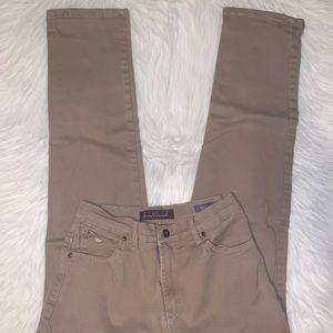 Gloria Vanderbilt women Amanda size 6 jeans Z